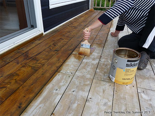 stain deck how to stain a wood deck diy staining deck instructions